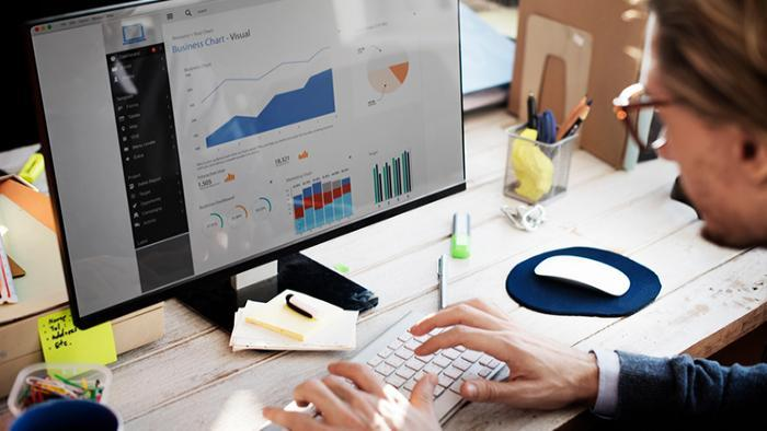 The Importance of Business Data for CRM, Service Objects
